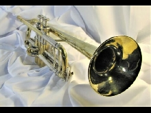 VINCENT BACH MT. VERNON STRADIVARIUS Bb TRUMPET 1962 POLISHED BRASS OUTSTANDING